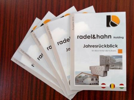 Die erste Seite des radel&hahn Jahresrueckblicks 2015